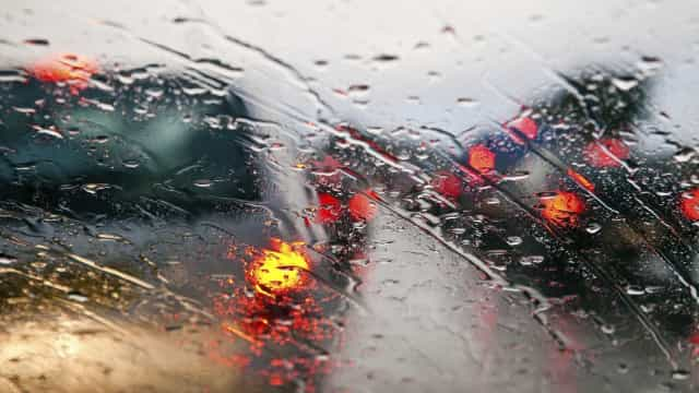 Doze distritos do continente sob aviso amarelo devido à chuva