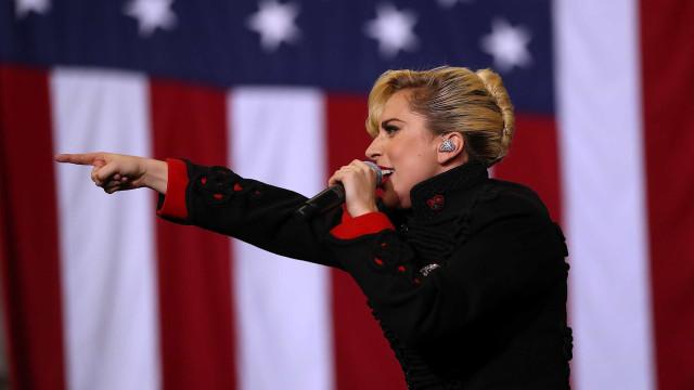 Lady Gaga sai em defesa de comunidade 'trans' após decisão de Trump