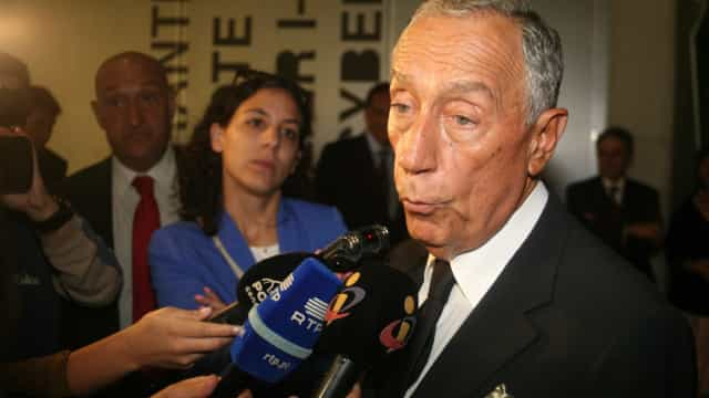 """Marcelo antevê """"fase muito positiva"""" e realça """"estabilidade de sondagens"""""""
