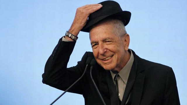 Leonard Cohen deixou-nos mas há novo livro do cantor a caminho