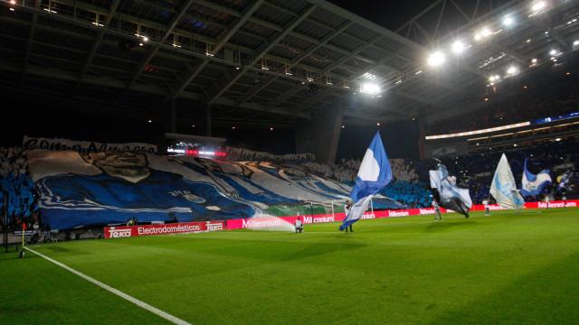 FC Porto 'Pensa bem' e exclui D.A.M.A do jogo de apresentação
