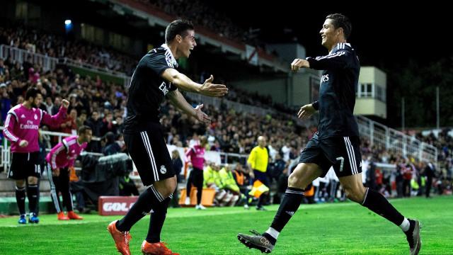 James Rodríguez pintou o cabelo e Ronaldo não demorou a reagir