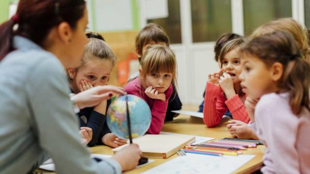 Economia doméstica deve ser falada nas escolas? Portugueses respondem