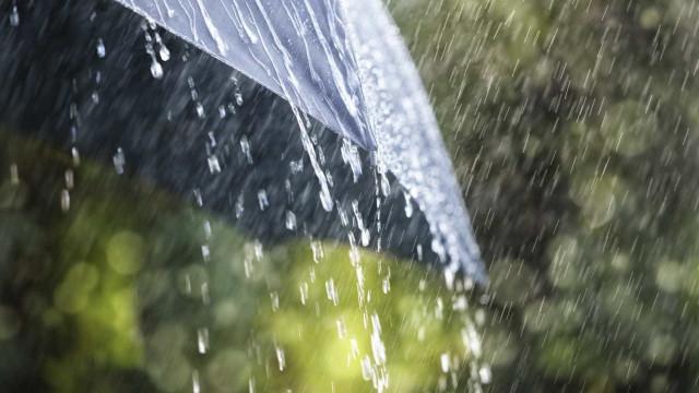 Chuva persistente desloca-se para sul e mantém-se até segunda-feira