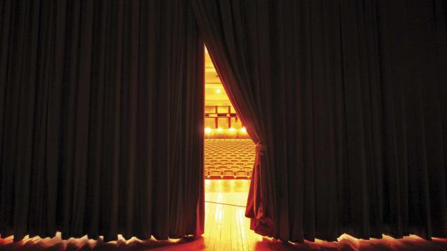 Espetáculo 'Canto Nosso' na 'rentrée' do centenário do Coliseu Micaelense