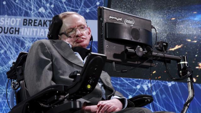 Morreu Stephen Hawking. Tinha 76 anos