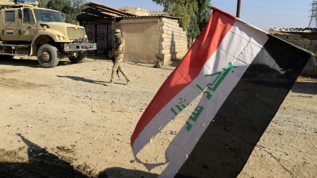 Curdos têm até sexta-feira para entregar aeroportos a autoridades