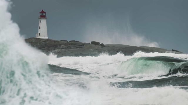 Ilhas dos Açores passam a aviso amarelo devido a agitação marítima