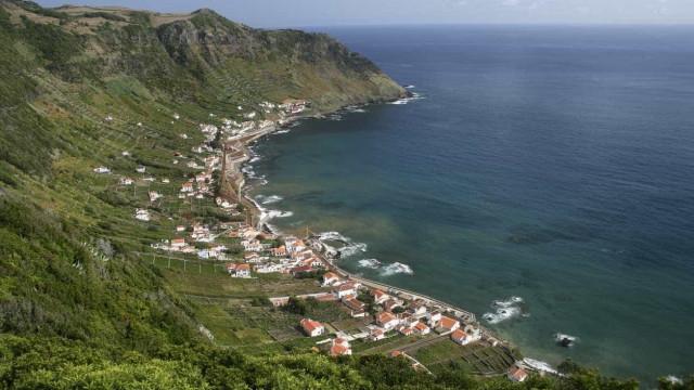 Passagem de furacão sem ocorrências graves nos Açores