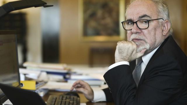 """""""Estava tranquilo, continuo tranquilo"""", diz ministro à saída de audição"""