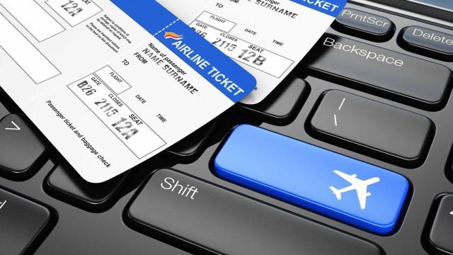 Quer poupar nos bilhetes de avião? Esta é a estratégia perfeita