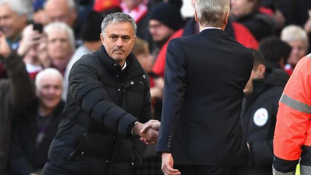 Ainda a polémica em Old Trafford: Wenger sai em defesa de Mourinho