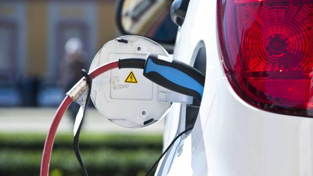 Volkswagen Financial Services cria frota automóvel totalmente elétrica