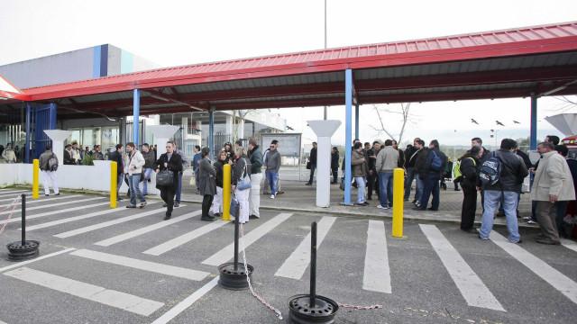 Autoeuropa vai pagar 175 euros acima da lei para trabalho por turnos