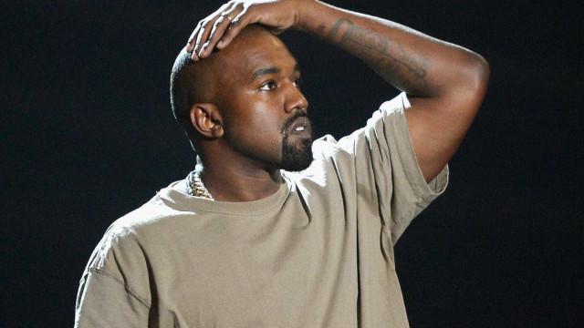 Kanye West 'apanhado' ao lado de modelo... com pouca roupa