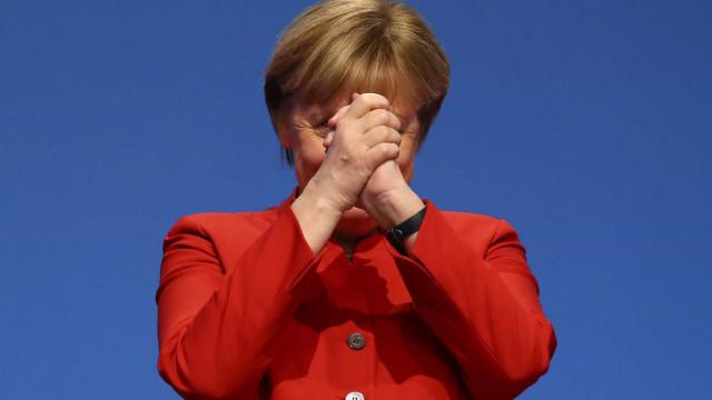 "Berlim: Perigo ""imediato"" afastado, ameaça terrorista continua"