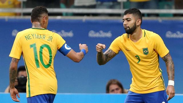 Oficial: Gabriel Barbosa reforça Benfica