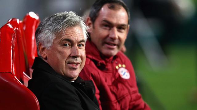 """""""Ancelotti teve cinco jogadores contra ele e isso era insustentável"""""""
