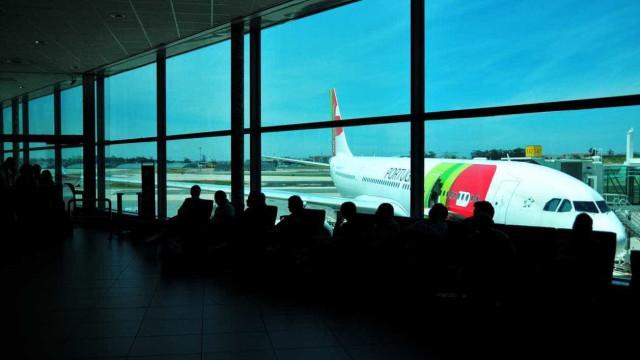 """""""Anomalia técnica"""" obriga avião da TAP a regressar a Lisboa"""