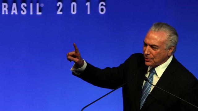 Temer descarta candidatura às presidenciais e apoia Henrique Meirelles