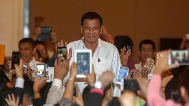 Presidente filipino ordena detenção de um dos seus principais opositores