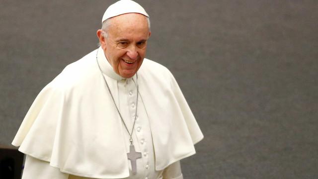 Papa pede que o medo não impeça de acolher os refugiados