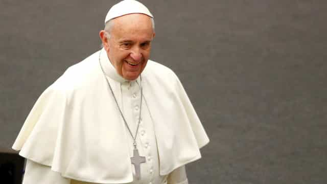Papa Francisco apela a reflexão sobre os refugiados