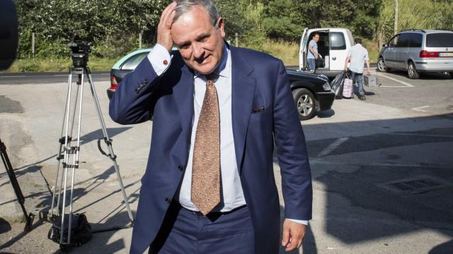 """Defesa de Vasco Brazão quer que ex-chefe de gabinete """"honre a verdade"""""""