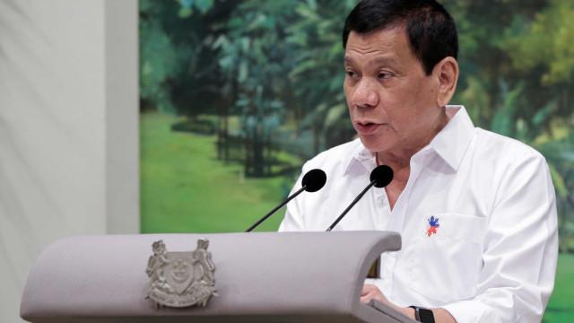 Filipinas vão deixar de comprar equipamento militar aos EUA