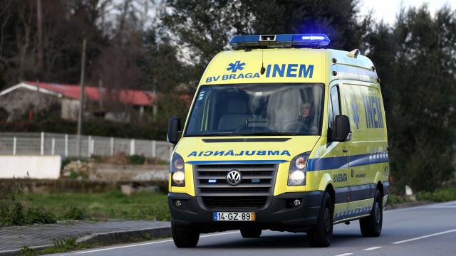 Atropelamento seguido de colisão faz um morto e dois feridos em Braga