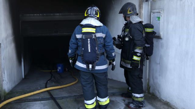 Incêndio em ginásio obrigou a evacuar prédio de Gaia durante uma hora