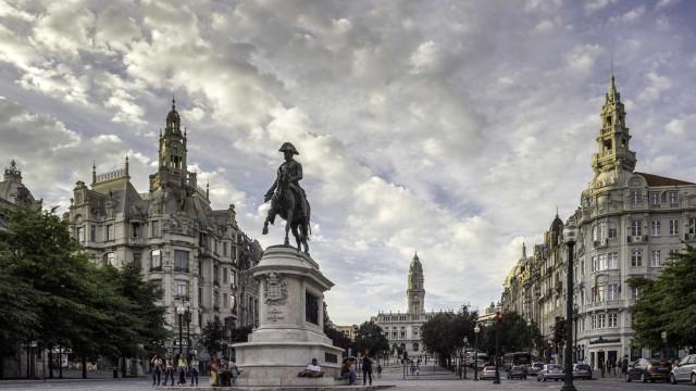 Porto faz segunda proposta a funcionárias do centro social de Miragaia