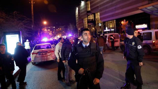 Oito detidos após atentado de Istambul, avança imprensa turca