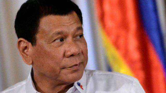 Presidente das Filipinas 'goza' com Estado Islâmico