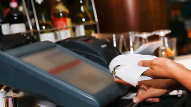 Comunicações. Cliente deve escolher entre fatura eletrónica ou em papel