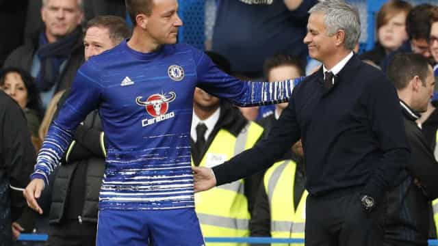 """John Terry lembra o dia em que Mourinho o """"humilhou"""""""
