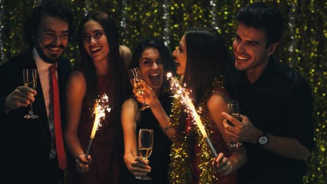 Vidro proibido no Ano Novo de Lisboa. Garrafa de champanhe não é excepção