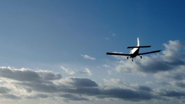 Três aterragens por emergência médica no mesmo dia na base das Lajes