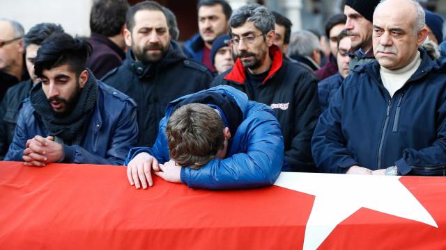 Começam a ser conhecidas as nacionalidades das vítimas em Istambul