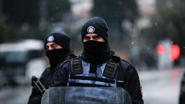 Segundo ataque armado em Istambul, tiros em mesquita