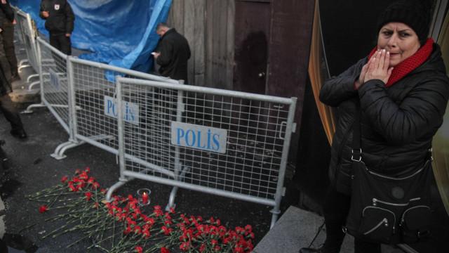 Polícia tem pistas sobre a identidade do autor do atentado em Istambul