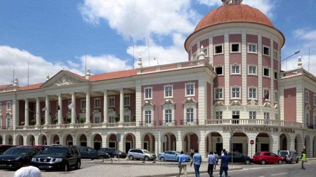 Taxa de juro angolana inalterada nos 16% há 14 meses