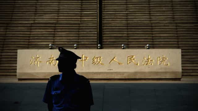 Crítico do Governo chinês desaparecido após polícia parar entrevista
