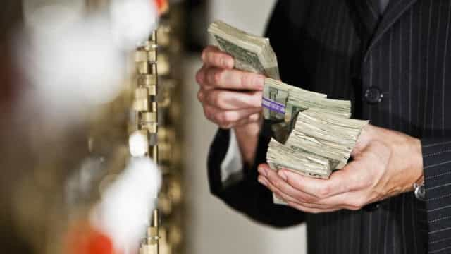 Mais de metade da riqueza mundial está nas mãos de 1% das pessoas