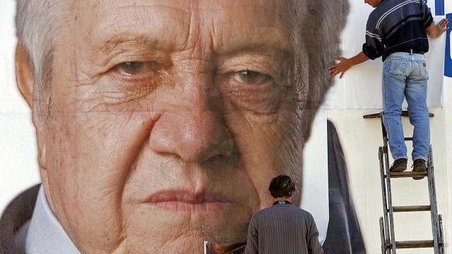 PS assinala aniversário com homenagem a 45 figuras da sua história