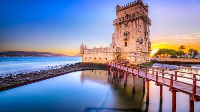 Número de estrangeiros a viver em Portugal inverte tendência e aumenta