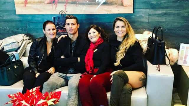 Cristiano Ronaldo e clã Aveiro reunidos para gala especial
