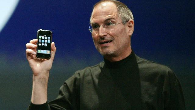 Discussão com executivo da Microsoft motivou 'nascimento'... do iPhone