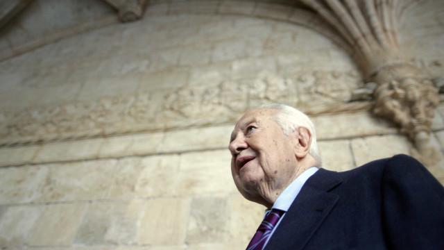 Parlamento Europeu atribui nome de Mário Soares a sala de reuniões