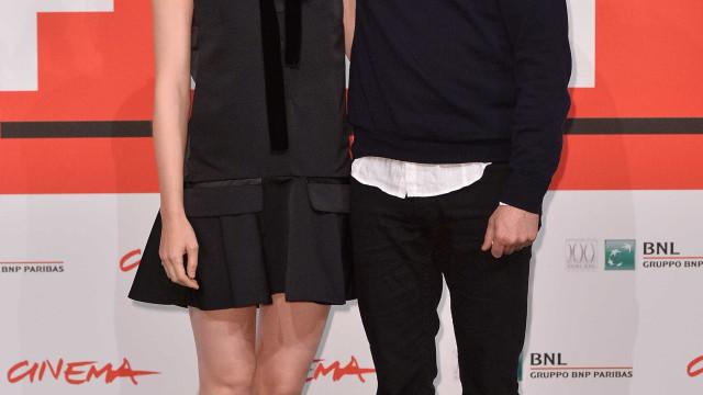 Joaquin Phoenix e Rooney Mara estão noivos